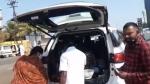 ತರಕಾರಿ ಮಾರಾಟಕ್ಕೆ ಬಳಕೆಯಾಯ್ತು ಹೊಸ ಟೊಯೊಟಾ ಫಾರ್ಚೂನರ್ ಕಾರು