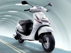Facelifted Mahindra Duro Powerscooter on December 2011