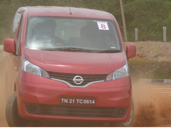 Road Test: Nissan Evalia Review