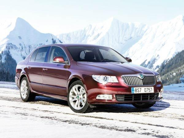 New Skoda Superb Facelift Revealed