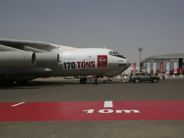 Nissan Patrol Sets Guinness Record By Pulling 170 Ton Aircraft