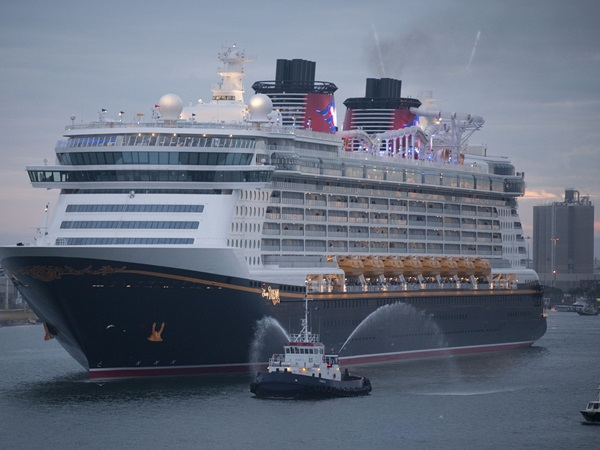 Disney Dream (2011)