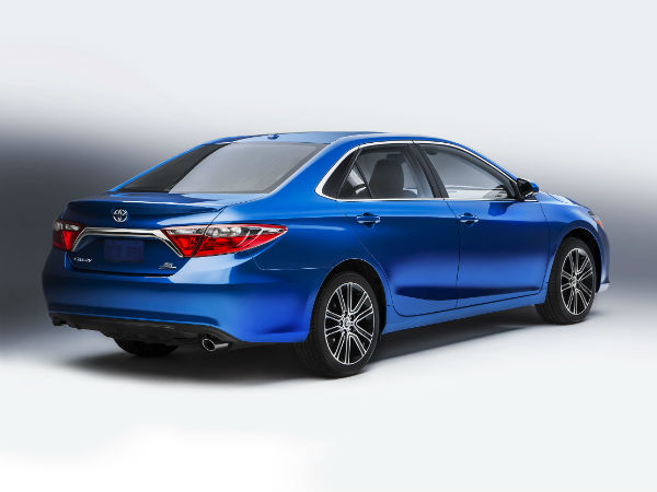 chicago auto show toyota camry corolla special edition to be debuted kannada drivespark. Black Bedroom Furniture Sets. Home Design Ideas