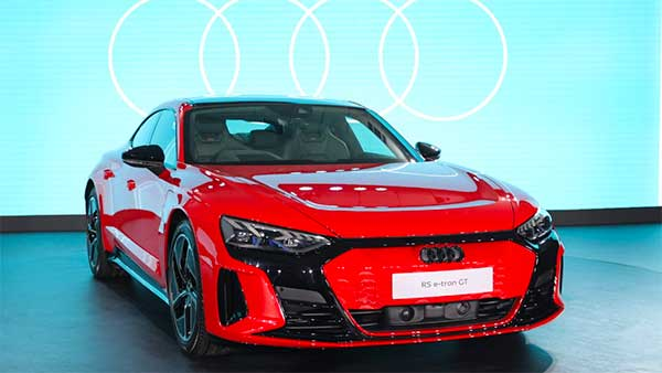 ಮತ್ತೊಂದು ಐಷಾರಾಮಿ ಎಲೆಕ್ಟ್ರಿಕ್ ಕಾರು ಬಿಡುಗಡೆಗೊಳಿಸಿದ Audi