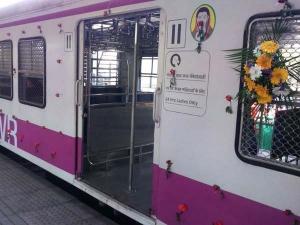 'ಮೇಕ್ ಇನ್ ಇಂಡಿಯಾ'ದ ಮೊಟ್ಟ ಮೊದಲ ರೈಲು 'ಮೇಧಾ' ಲೋಕಾರ್ಪಣೆ