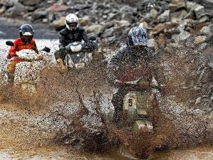ಮುಂಬೈಗರೇ ಗಲ್ಫ್ ಮಾನ್ಸೂನ್ ಸ್ಕೂಟರ್ Rally ಬರಮಾಡಿಕೊಳ್ಳಿ