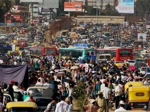ಹದೆಗೆಟ್ಟ ಬೆಂಗಳೂರು ಟ್ರಾಫಿಕ್ ನಿಯಂತ್ರಿಸಲು 'ಜಾಣ ಟ್ರಾಫಿಕ್ ಸಿಗ್ನಲ್ ವ್ಯವಸ್ಥೆ'
