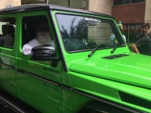 'ಸೇವ್ ರಿವರ್' ಅಭಿಯಾನಕ್ಕಾಗಿ 2.10 ಕೋಟಿ ಮೌಲ್ಯದ ಕಾರು ಖರೀದಿಸಿದ ಸದ್ಗುರು
