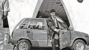 ಭಾರತೀಯ ಸೆಲೆಬ್ರಿಟಿಗಳ ಮೊದಲ ಕಾರುಗಳಿವು..!